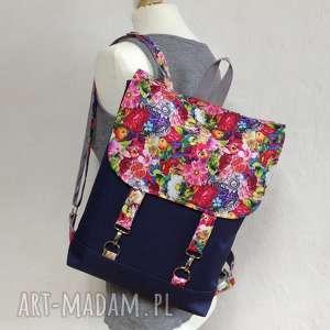 plecak, na laptopa, wycieczka, mini plecak miejski, kwiaty