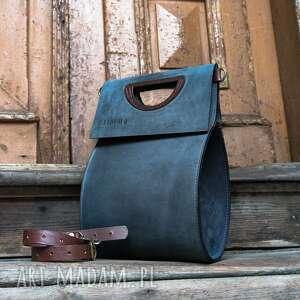 na ramię duża skórzana torebka wykonana ręcznie z wysokiej jakości materiałów