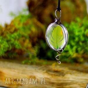naszyjniki piórko zielone - naszyjnik z piórkiem, naszyjnik, wisior, terrarium