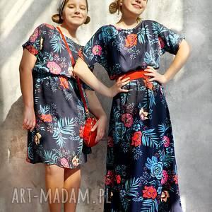 SUKIENKA GRANATOWA W KWIATY MAXI, sukienka, midi, wiskoza, wygodna, uniwersalna,