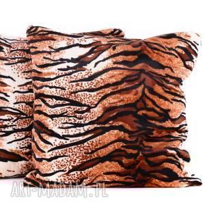 poduszki poduszka welur tygrys 40x40cm od majunto, tygrys