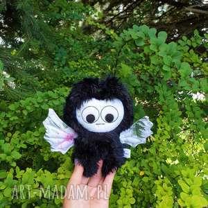 Nietoperz przytulanka dalia maskotki madika design nietoperz