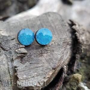niebieskie ręcznie malowane kolczyki sztyfty, wkrętki, drewniane