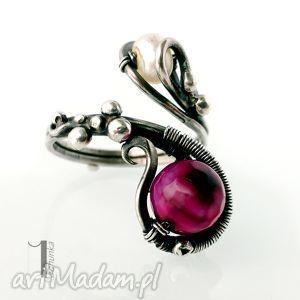 sweet berries candy iii srebrny pierścionek z perłą i agatem, wirewrapping, 925