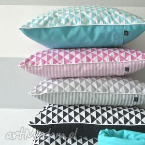 hand made poduszki poszewka na poduszkę trójkaty scandi - kolory