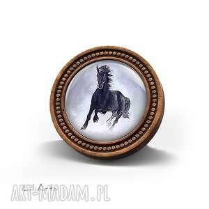 broszka drewniana liliarts - czarny koń, broszka, drewniana, naturalna