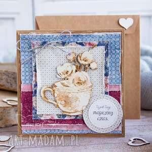 przepiękna kartka z motywem kwiatowym na każdą okazję dzień babci
