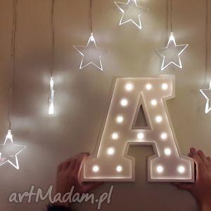 podświetlana litera a - dziecko, literka, lampka, lampa, wieczór, led