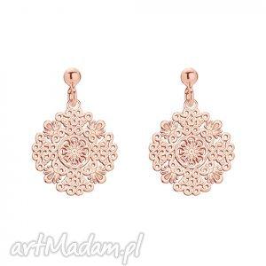 kolczyki z rozetkami z różowego złota - różowe kolczyki