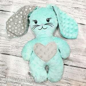 królik z sercem mięciutka przytulanka dla dziecka, minky