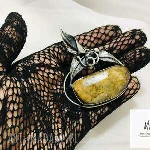 hand-made biżuteria unikat wisior srebrny 925 z bursztynem bałtyckim