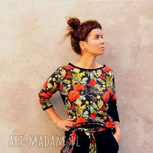 bluza damska - czerwone maki, w kwiaty, z dzianiny, kwiatki