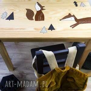 handmade pokoik dziecka stolik liski rude plus dwa krzesełka