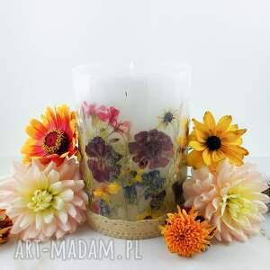 dom świeca rabata z prawdziwymi suszonymi kwiatami, suszone kwiaty