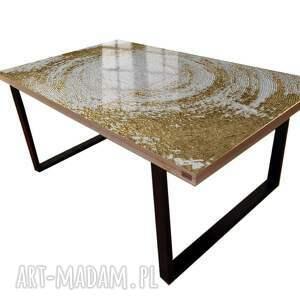 stoły white symphony - stolik kawowy ze złotą strukturą, strukturalny