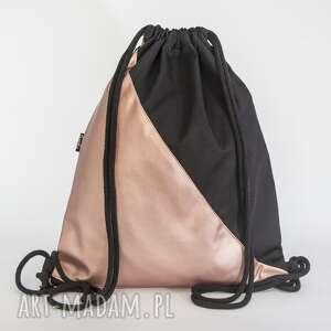 unikalny, czarno pudrowy, ekoskóra, plecak, worek, metaliczny