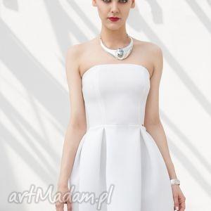 561f1ef34e Sukienki biały modne. Wygodna biała