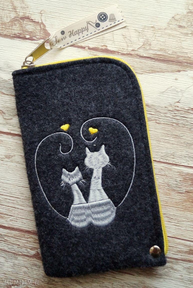 hand-made etui filcowe etui na telefon - zakochane koty