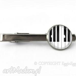 fortepian - spinka do krawata egginegg, muzyczna klawisze