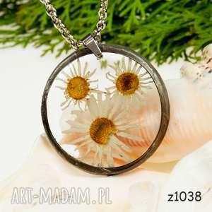 z1038 naszyjnik z suszonymi kwiatami, herbarium jewelry, kwiaty w żywicy