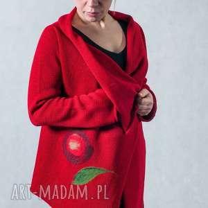 Sweter z aplikacją wełnianą, sweter, aplikacja-wełniana, asymetryczny, wełna