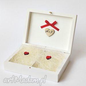 Prezent Pudełko na obrączki ślubne, akcesoria-na-ślub, dekoracje-ślubne, prezent