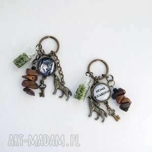 liliarts breloczek - szary wilk, opiekun domu, breloczek, klucze, mech, wilk