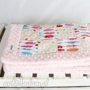 kocyk niemowlaka patchwork piórka - kocyk, patchwork, niemowlę, dziewczynka