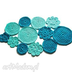 niebieski dywanik, dywan, chodnik, chodniczek