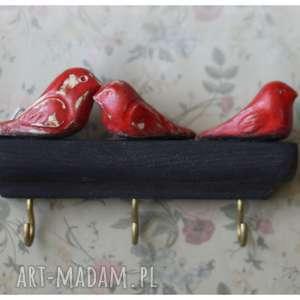 wieszak czarno-czerwony na 3 ptaki, ceramika, drewno, wieszak, ptak ceramika dom