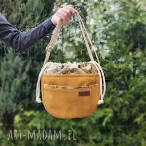 miodowa crosserka z kominem w bukiety bzu, torebka, listonoszka, mała torebka