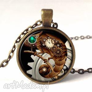 ręcznie zrobione naszyjniki kameleon - medalion z łańcuszkiem