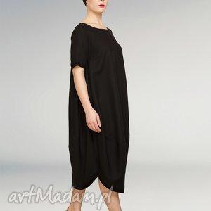 mała czarna sukienka fason oversize, mała, czarna, jajko