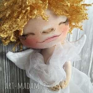 aniołek dekoracja ścienna - figurka tekstylna ręcznie szyta i malowana, aniołek, ślub