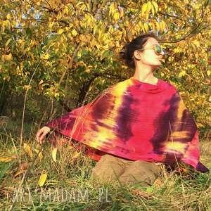 Ręcznie barwione ponczo z jagnięcej wełny poncho anna damzyn