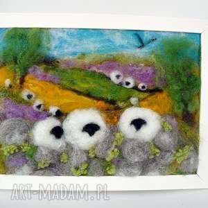 na kamienisku obraz z kolekcji die wunderschne natur, lawenda, wrzosy, owca