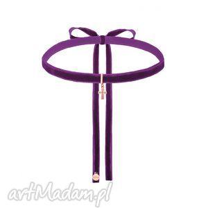 hand made naszyjniki fioletowy aksamitny choker z krzyżykiem różowego złota wysadzanym