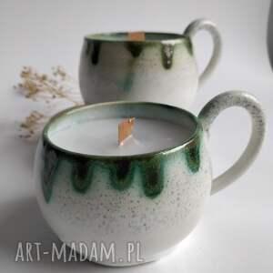 dom zestaw dwóch świec o delikatnym zapachu, świece, ceramika, świece zapachowe
