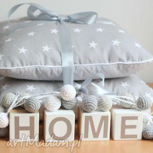 Zestaw dekoracyny, napis, dekoracja, poduszki, girlandy, zabawki