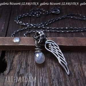 perŁowy anioŁ naszyjnik ze skrzydłem - chalcedon, briolette, srebro
