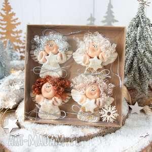 dekoracje paczuszka uroczych aniołków, w eko pudełeczko z efektem szklanej