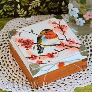 hand-made pudełka pudełko drewniane z rudzikiem