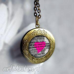ręcznie wykonane naszyjniki medalion otwierany z sercem sekretna bizuteria sekretnik antyczne złoto