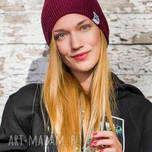 hand-made czapki czapa dwustronna logo kolorowe zadziorne bordo
