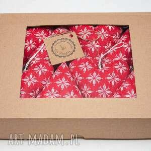 art anette zawieszki na choinkę bombki serduszka w pudełku prezent, zawieszka