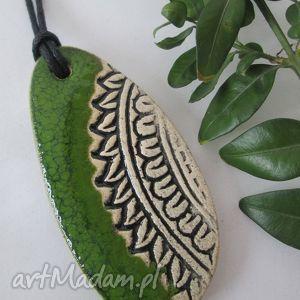 wyjątkowy prezent, wisiorki zielony etniczny, ceramiczny, wisior, wisiorek, ceramika