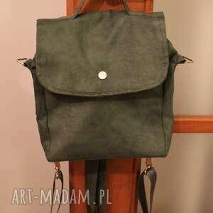 handmade czarny plecak na zamówienie