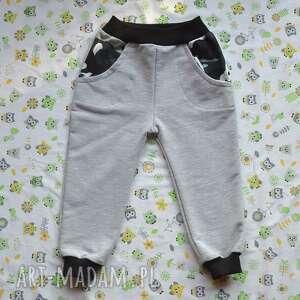 moro, camo, spodnie dla chłopca, dziecka, bawełna organiczna, dresowe