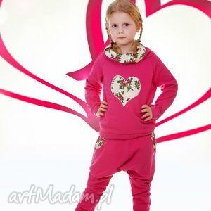 różowa bluza kremowe serce 74-116, bluza, góralska, serce