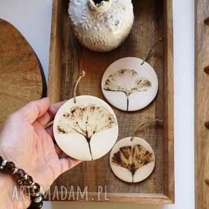 dekoracje 3 x zawieszk ceramiczna, zawieszka motyw roslinny, kwiaty
